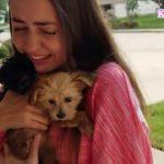 【泣けるサプライズ 】子犬のプレゼントに喜びの涙・凄いリアクション